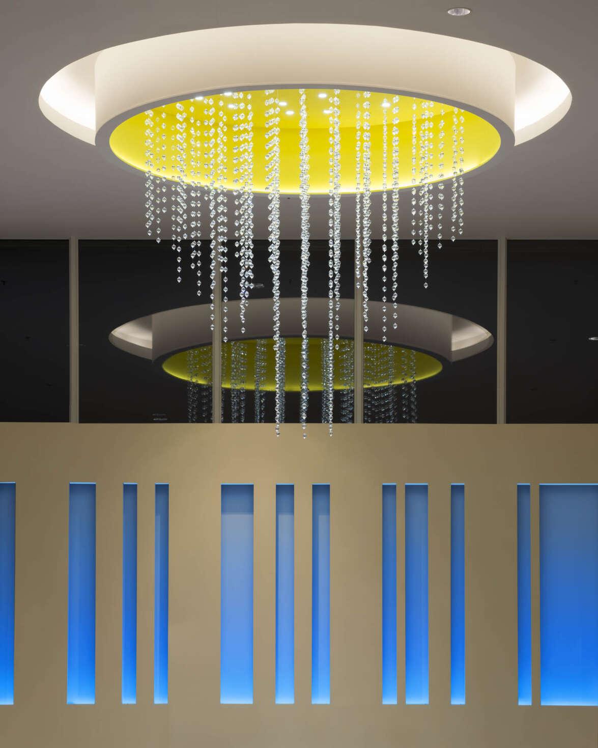 Cascading bubble chandelier