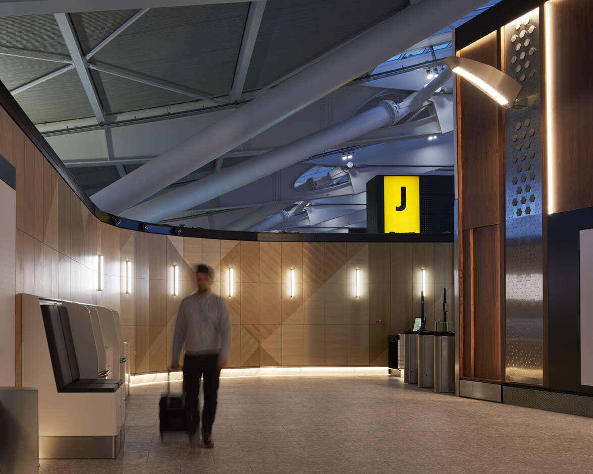 Heathrow Terminal 5 - First Direct Access